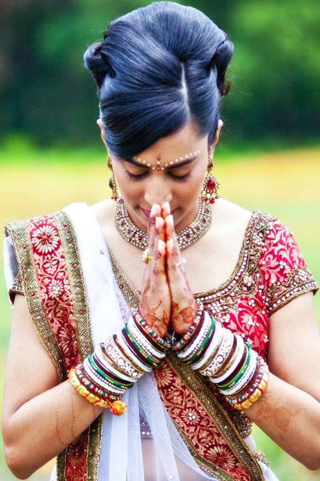 Real Weddings featured on The Wedding Row_0120.jpg