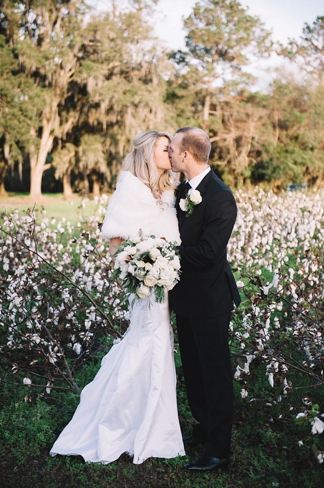 Post image for Alexandra & Tyler {Cotton Dock at Boone Hall Plantation}