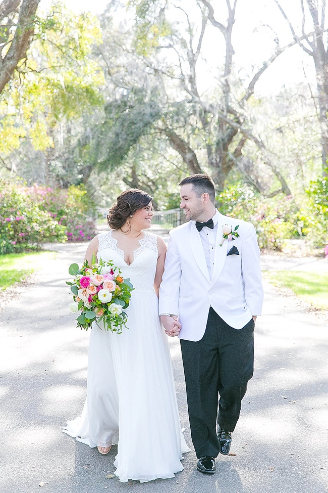 Post image for Liz & Thomas {Magnolia Plantation & Gardens}