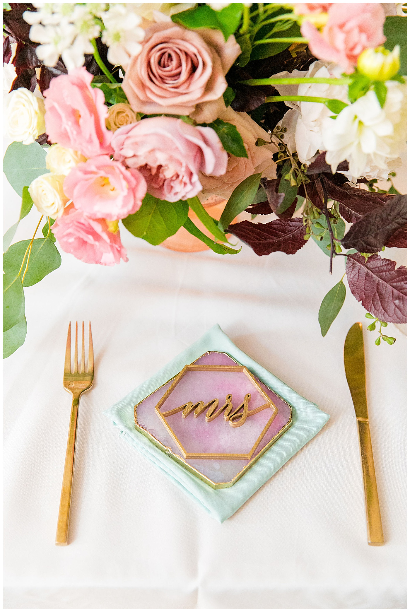 wedding geode theme place setting