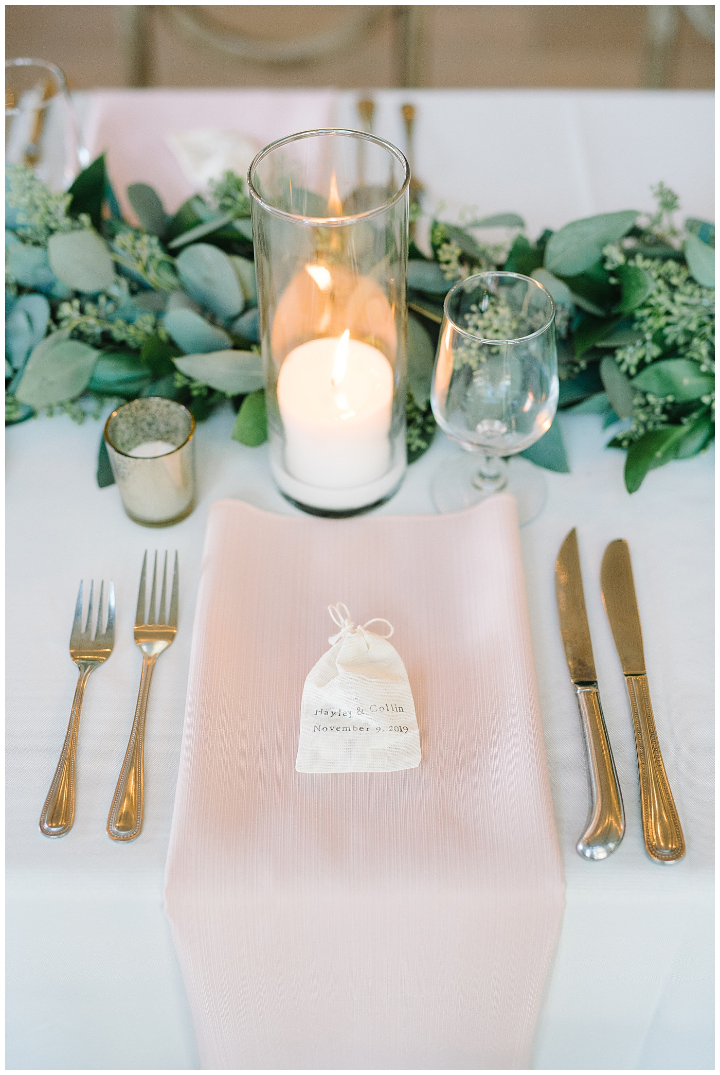table setting charleston wedding